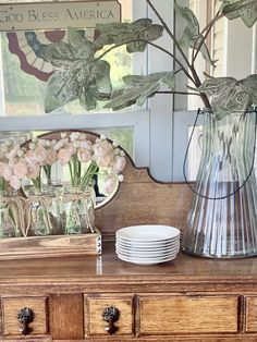 Different Textures, Farmhouse Ideas, Table Decorations, Wood, Glass, Painting, Vintage, Furniture, Home Decor