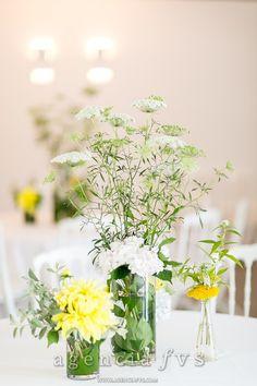 Deco tables: fleurs de la saison, champêtre by Keiko Nishida [Mariage Gladis et Matthieu]