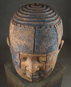 Collectors Edition Visual Art Guide the choice for top art and artists!, - New Best Of Sculpture-Clayton Thiel Sculptures Céramiques, Art Sculpture, Modern Sculpture, Ceramic Figures, Human Art, Ceramic Clay, Art Dolls, Sculpting, Carving
