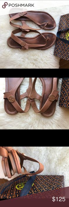 ☄ ☄️Tory Burch Minnie Travel Sandals Size 7 Tan☄️