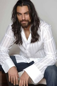 Alessandro Etrusco. Long haired man made in Italy :D