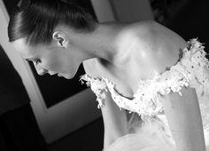 Ludivine Guillot - Robe de mariée sur mesure - Lyon - Bustier dentelle dos laçage broderie ruban corset tulle strass