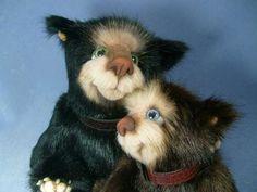 Stella and Iris by Joy Adamczewski (Kara's Bears) | Bear Pile