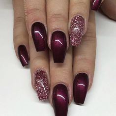 Gel Nails Black Cherry from Lilly Nails with Rose Gold glitter gel from American Nails . Black Cherry from Lilly Nails with Rose Gold glitter gel from American Nails 💣 Fancy Nails, Cute Nails, My Nails, Gold Acrylic Nails, Rose Gold Nails, Sparkle Gel Nails, Sparkly Nails, Rose Gold Gel Polish, Fabulous Nails