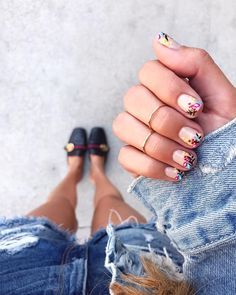 """2,395 Likes, 107 Comments - BRITTANY XAVIER (@thriftsandthreads) on Instagram: """"Fresh mani w/ summer florals @oliveandjune by @flowidity108"""""""