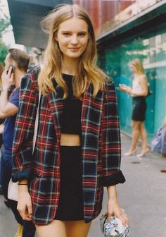 35 Cute 90s Outfits That Made A Huge Comeback! - Part 4