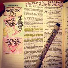 Melinda Doodles Through The Bible ESV Journaling