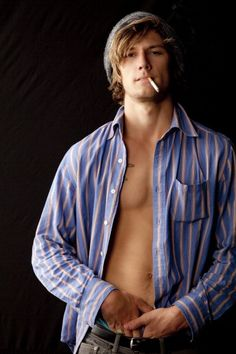 39 Top Alex Pettyfer 2009 Pictures, Photos and Images - Getty Images Alex Pettyfer, Magic Mike, I Am Number Four, Rich Boy, Attractive Guys, Book Boyfriends, Channing Tatum, Celebs, Celebrities