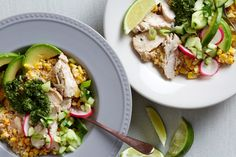 Quinoa and corn are a natural combo. They not only pair well tastewise — with quinoa's soft texture and mild, earthy flavor and corn's sweet, juicy kernels — they are both s… Colorful Vegetables, Veggies, Casseroles, Peruvian Cuisine, Chicken Slices, Cooking Recipes, Healthy Recipes, Healthy Options, Healthy Cooking