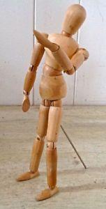 Collection. Art. Pantin articulé en bois
