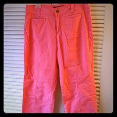 Calvin Klein Coral Capri Pants 100% Cotton Capri pants. Coral color. Size 6. Super comfy. Calvin Klein Pants Capris