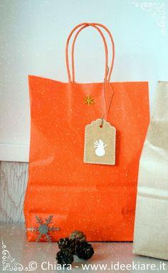 Confezioni regalo fatte con materiale di recupero.