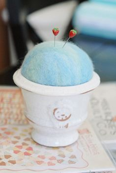 felt ball pin cushion
