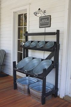 Drink and snack storage for back yard parties... Or swimsuit, towel, sunscreen holder. | fabuloushomeblog.comfabuloushomeblog.com
