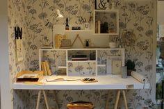Nice desk! Best Desk, Vixx, Corner Desk, Furniture, Home Decor, Corner Table, Interior Design, Home Interior Design, Arredamento