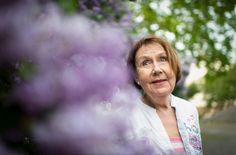 Professori Marja-Liisa Honkasalo tutkii suomalaisten yliluonnollisia kokemuksia. Hän haluaa poistaa niitä kokevilta mielisairaan leiman.