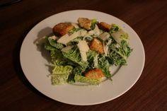 Lieblingssalat aus den USA: Cesar Salad http://www.family-cookies.de/2014/10/grosse-liebe-cesar-salad-super-einfach-selbst-gemacht-happy-halloween/