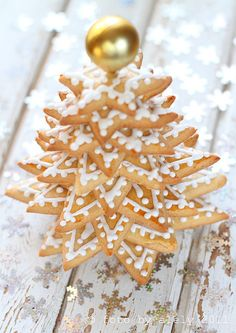 Cookie tree...stars in graduated sizes...beautiful. It would last 3 minutes in my house.