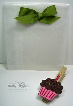 Clothespin Birthday Cupcake- Cute to add to a gift.