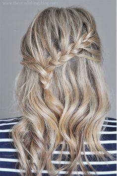Formal Hairdos for Medium Hair