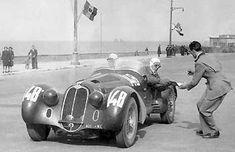 Mille Miglia 1938 , Alfa Romeo 8C Spider MM Touring #148 of Siena / Viloresi . Accident