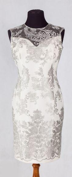 Sukienka De Marco #ball #wesele #dress #demarco #designer #fashion #trend #shop #elegantly #blackandwhite #luxury #luxuryclothes #luxurylifestyle #outfit #shoe #frydrychowice #jmmychoo #stylist #warszawa #krakow #bielskobiala #tychy #wadowice