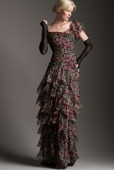 Something cool about this | Ralph Lauren Collection Luciana Floral-Print Gown Profile Photo