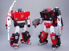 Transformers Masterpiece MP-12G Lambor (Sideswipe) (G-2 Ver.) with MP-12 Lambor (Sideswipe)