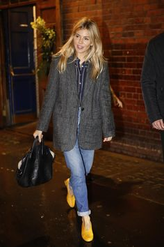 Sienna Miller wearing Givenchy Nightingale Bag in Black