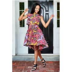 Wedding and Summer Look with our Scoop back crop top and chic High-Low African Print midi skirt African Inspired Fashion, African Men Fashion, African Dresses For Women, African Women, African Outfits, Ghanaian Fashion, Nigerian Fashion, High Low Skirt, African Design