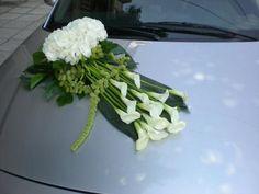 white Wedding Getaway Car, Wedding Cars, Dream Wedding, Wedding Car Decorations, Flower Decorations, Bridal Car, Flower Car, Funeral, Marie