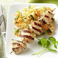 Healthy Grilled Kabob & Skewer Recipe Tandoori Turkey Kabobs with Couscous Skewer Recipes, Fish Recipes, Indian Food Recipes, Chicken Recipes, Ethnic Recipes, Yummy Recipes, Healthy Grilling Recipes, Healthy Cooking, Recipes