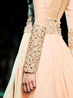 64a21c325ee4e World Of Fashion, Best Of Fashion Week, Net Fashion, Fashion Details,  Couture