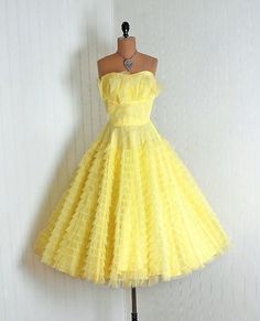 is this the happiest frock in the world?!  No, it would be the happiest Tutu if slightly, okay a whole bunch, shorter!