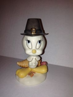 Lenox Tweety Bird Thanksgiving Collectible Figurine Warner Bros.