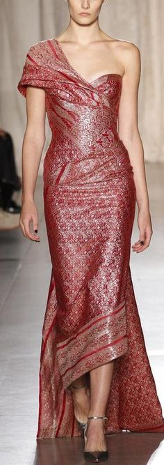 Marchesa NYFW Spring 2013 rtw♥✤ | Keep the Glamour | BeStayBeautiful<. i Love thys! its given me #Indian #Bali Wedding T's...