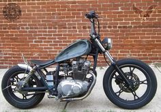 Suzuki GSX 1100 1981 bobber | There's always one that's here to screw up the program.