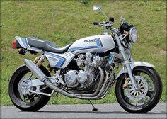 Racing Cafè: Honda CB 750 F Special
