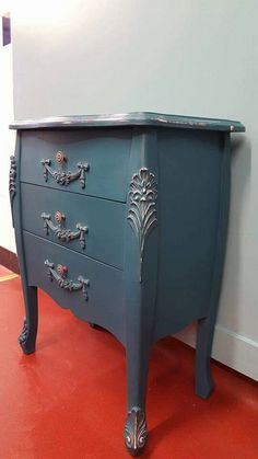 """Shabby chic drawers painted in Vintro Chalk Paint® """"French Navy""""  by Ian of All Things Vintage.   #Vintrolicious. For further information on stockists and sales please see www.vintro.co.uk."""