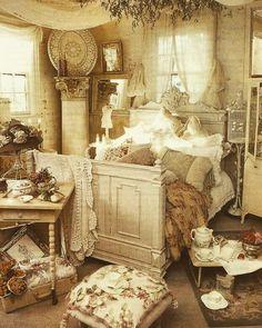 I Heart Shabby Chic: Sleepy #shabbychic #iheartshabbychic #bedroom #interior #decor