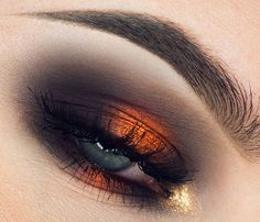Copper and gold smokey eye #eyes #eye #makeup #metallic #bold #dramatic