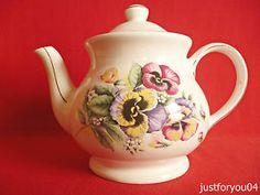 Sadler - Spring Garden Collectors Teapot