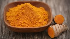 is one of the most powerful spices on the planet. It boasts potent anti-inflammatory properties. The active ingredient in turmeric called curcumin helps decrease in the body and prevent chronic illness. Curcumin Supplement, Turmeric Supplement, Ra Symptoms, Arthritis Symptoms, Curcumin Extract, Turmeric Curcumin, Pharmacology, Turmeric Tea Bags, Natural Spice