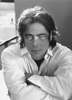 Picture of Benicio Del Toro Benecio Del Toro, Latino Actors, Puerto Rico, Male Movie Stars, Mickey Rourke, Montserrat, I Have A Crush, Brad Pitt, Johnny Depp