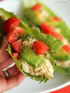 Tuna Salad Lettuce Wraps - A quick and healthy lunch! I eat this at least once a week! Tuna Recipes, Seafood Recipes, Cooking Recipes, Healthy Snacks, Healthy Eating, Healthy Recipes, Healthy Togo Lunches, Quick Healthy Lunch, Tuna Salad