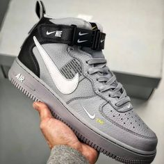 nike sneakers for women Zapatillas Jordan Retro, Sneakers Fashion, Shoes Sneakers, Shoes Men, Fashion Shoes, Fashion Outfits, Nike Shoes Air Force, Hype Shoes, Fresh Shoes