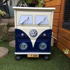 "Vintage Retro VW Camper Van Style Chest of DrawersBedside Table Navy BlueDELIVERY AVAILABLEin Poole, DorsetGumtree Unique upcycled Pine chest of drawers. Hand painted in Navy Blue Chalk paint and varnished for protection. Made to look like a vintage retro VW Campervan. Each drawer is lined with retro camper van paper. Measures approx. H x 24"", W x 17"", D x..."