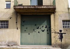 Pejac-Esparcepajaros-Salamanca.jpg (1040×735)
