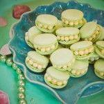Macarons de ostrinhas e pérolas da festa da Ariel