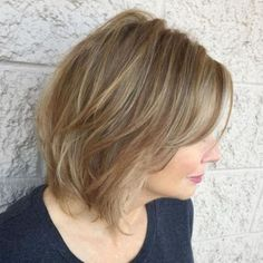 Shoulder-Grazing Wispy Cut If you're dealing with fine hair, make sure you choose a style that works with your texture instead of against it. Medium Short Haircuts, Haircuts For Long Hair, Modern Haircuts, Modern Hairstyles, Older Women Hairstyles, New Haircuts, Bob Hairstyles, Haircut Short, Haircut Medium